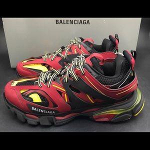 Balenciaga track